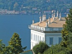 Villa-Melzi-dEril-e-il-lago-di-Como-dalla-strada-a-monte