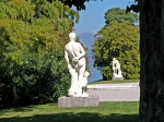 Villa-Melzi-dEril-scorcio-con-statue