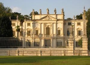 villa-novare-bertani-facciata