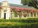 Palazzo-Parisio-la-serra-antica-a-lato-del-giardino-alla-italiana