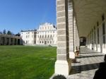 villa-manin-facciata-dalla-barchessa-destra