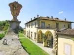 Gamberaia-la-villa-dal-muro-del-giardino-antico superiore