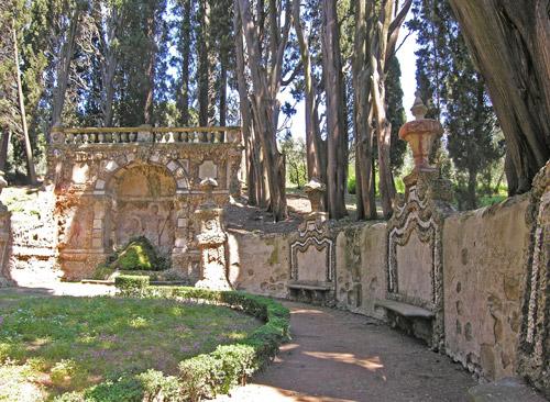 gamberaia ninfeo sul limite estremo del giardino antico