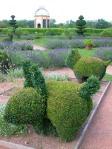 castello-di-Cormatin-animaletti-topiari-nelle-aiuole