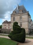 castello-di-Cormatin-forme-topiarie
