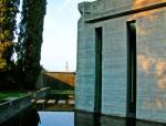 tomba-Brion-complesso-architettonico-cappella-e-ingresso